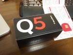 BlackBerry Q5 が届いた。